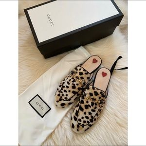 Gucci Shoes - Gucci leopard fur loafers